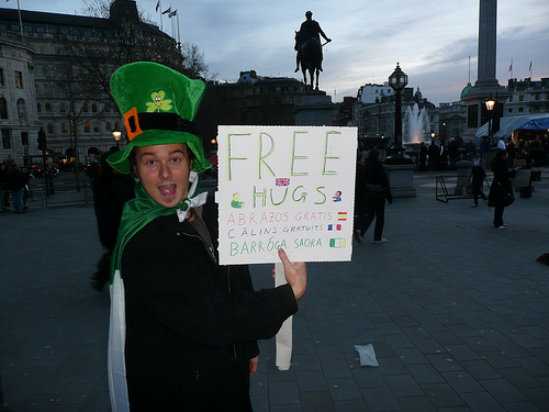 Free Hug For All ProBlogger Readers!