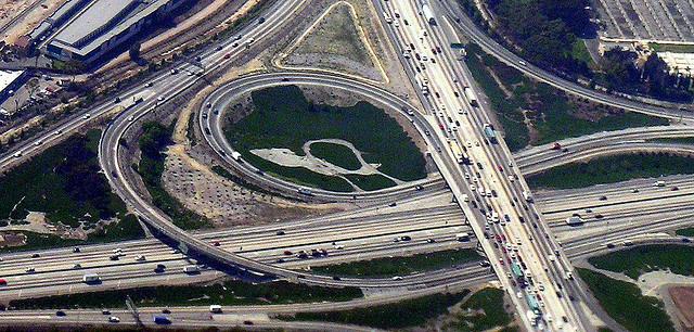 Freeway cloverleaf